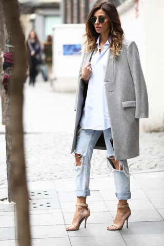 Grey coat boyfriend jeans street style fashion