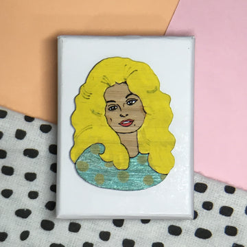 Brooch: Dolly Parton