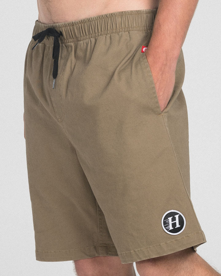 THE BASIC CHINO SHORT 19 - KHAKI