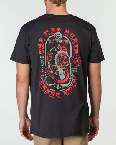 DEEPER STILL SHORT SLEEVE TEE - ALMOST BLACK/RED