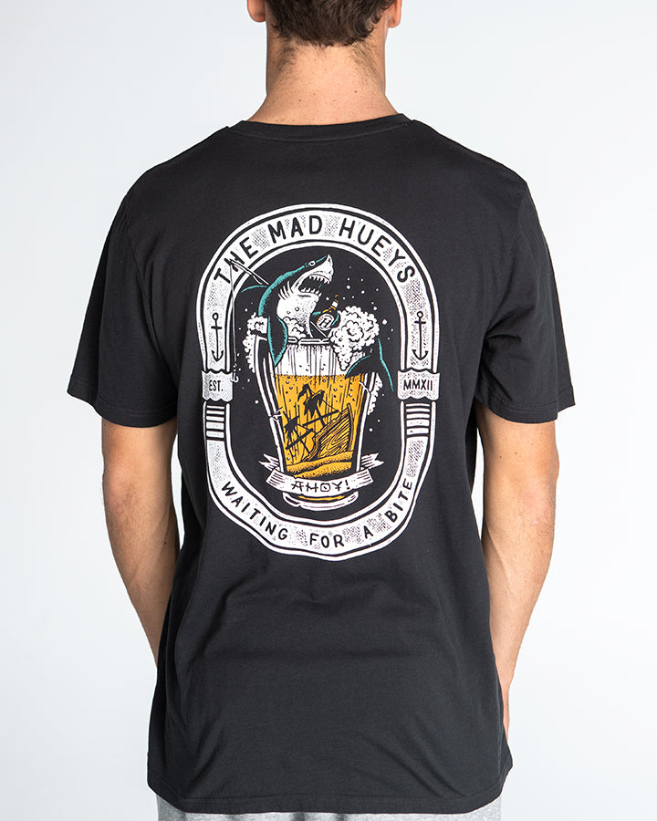WAITING FOR A BITE SHORT SLEEVE POCKET TEE - VINTAGE BLACK
