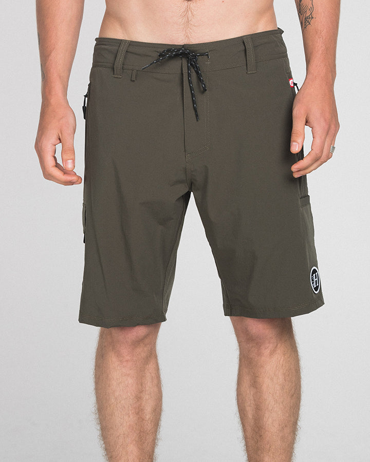 HYBRID 19 UTILITY SHORT - ARMY GREEN