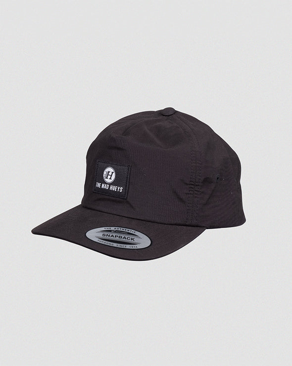 THE CAMPER STRAPBACK - BLACK