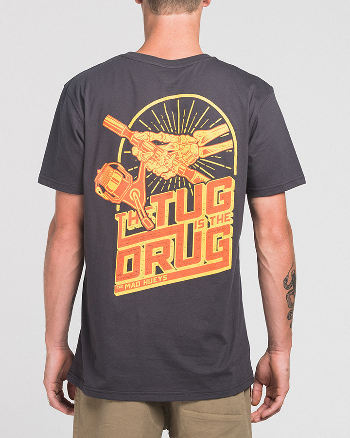 THE TUG SS TEE - ALMOST BLACK