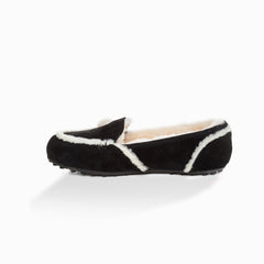 UGG EVA LOVE HEART LOAFER