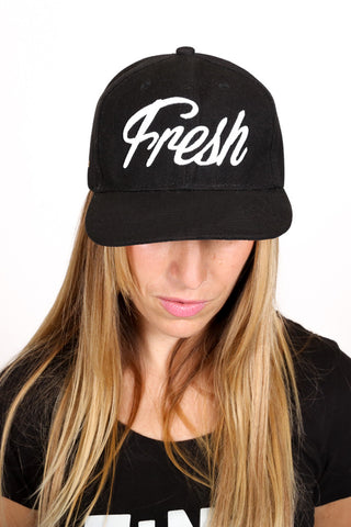 Fresh Snapback <br> Black and White