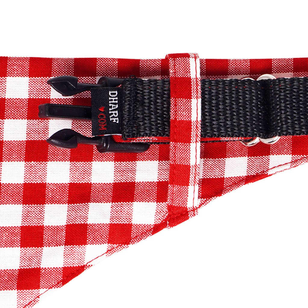 Dharf dog collar and removable bandana set in red and white checks