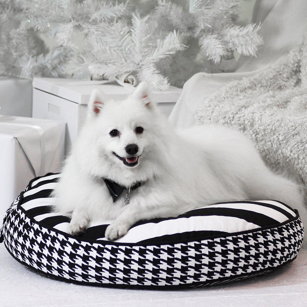 Cloud Bed: Black Reversible Dog Bed - Dharf - 2