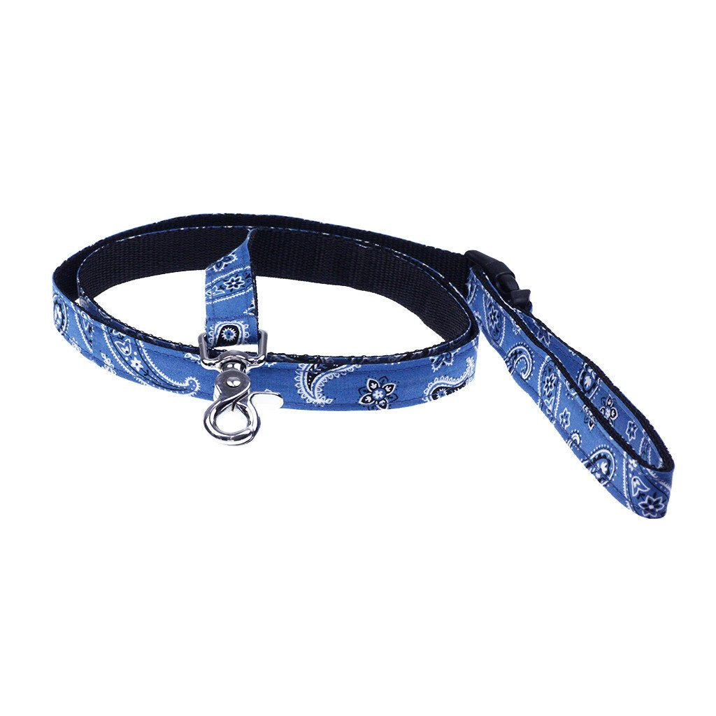 Dharf Dog Leash in Blue Paisley with lockable clasp for tying around poles