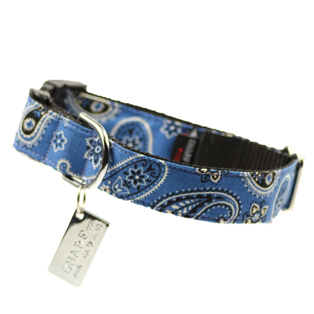 Dharf dog collar in blue paisley with lockable buckle and ID tag