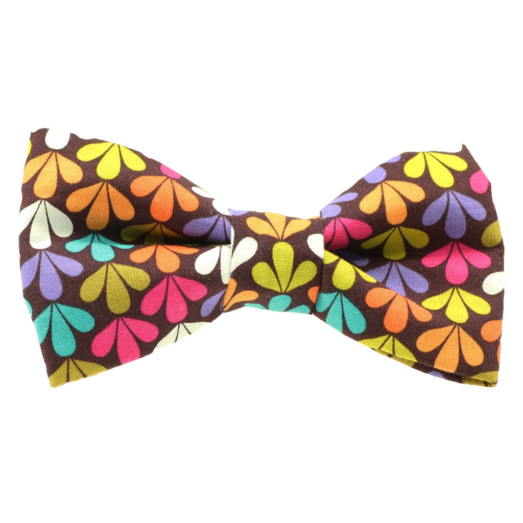 SALE : Dog Bow Tie and  Collar Set : Peace and Love