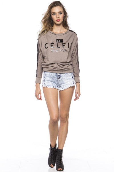 Célfie Cutout Top