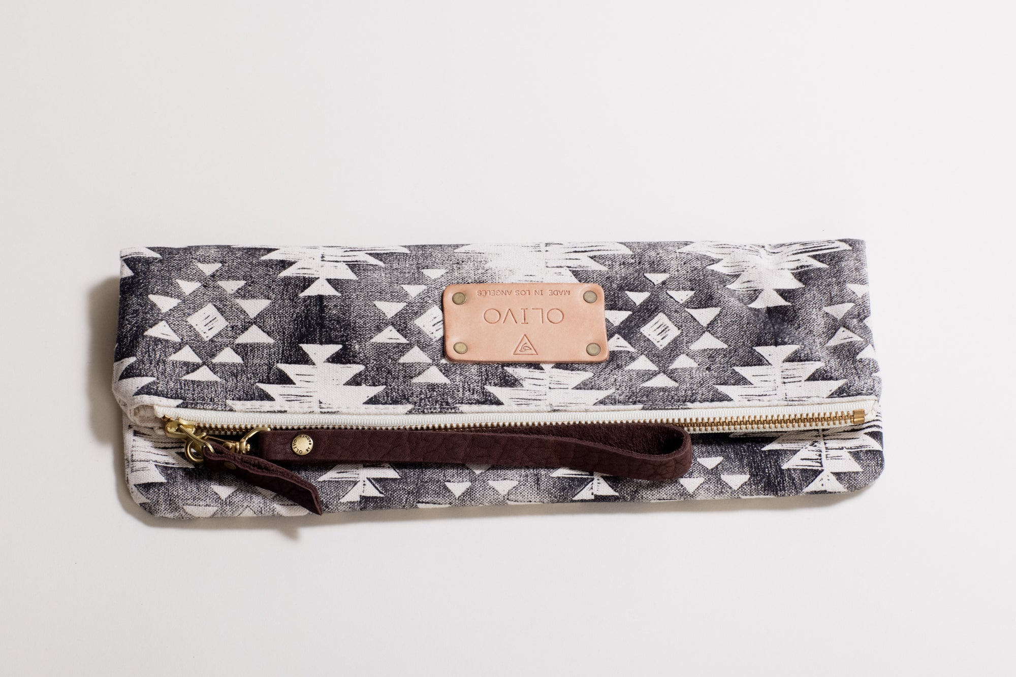 The Clutch Moroccan Black
