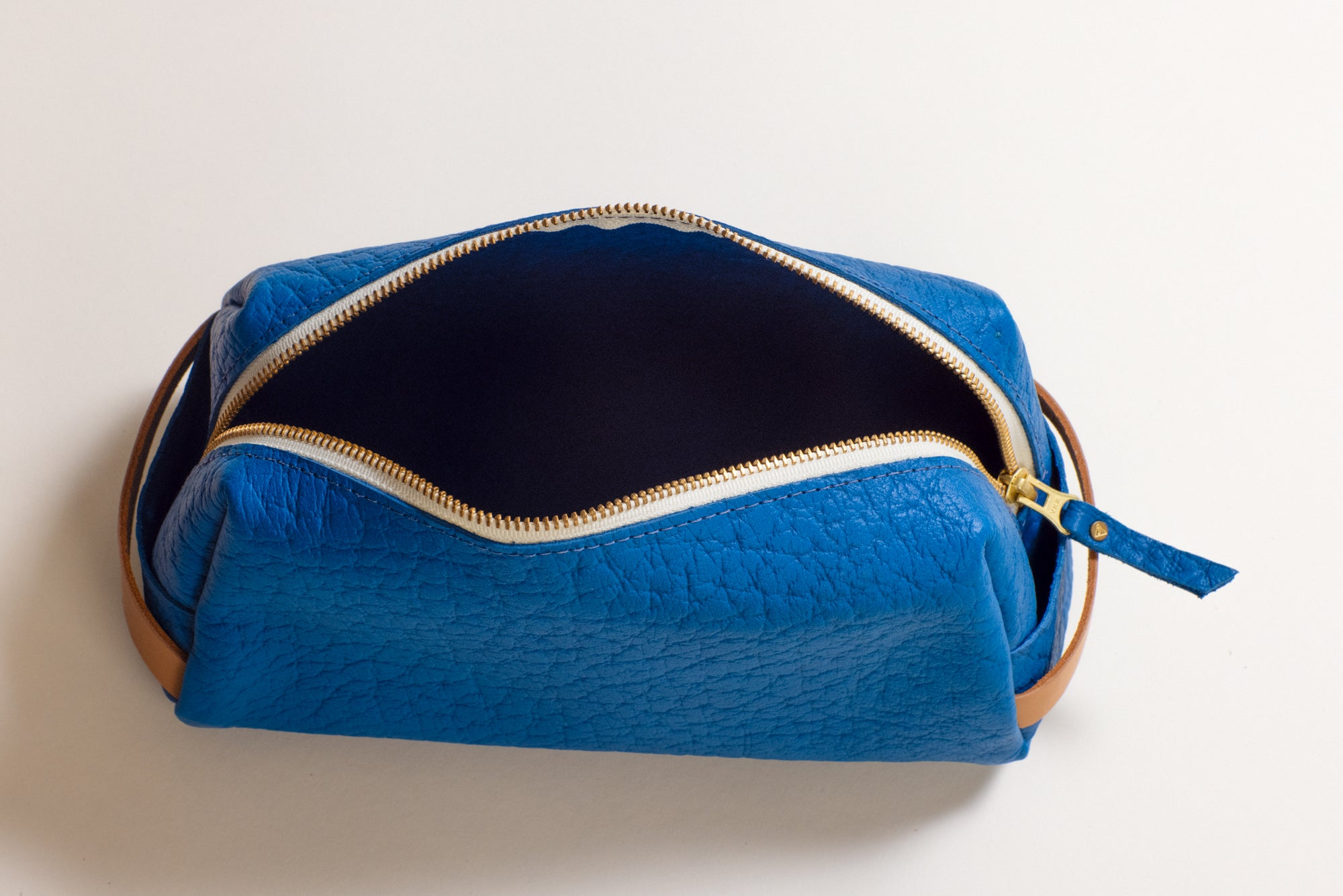 The Dopp Kit Blue Bison