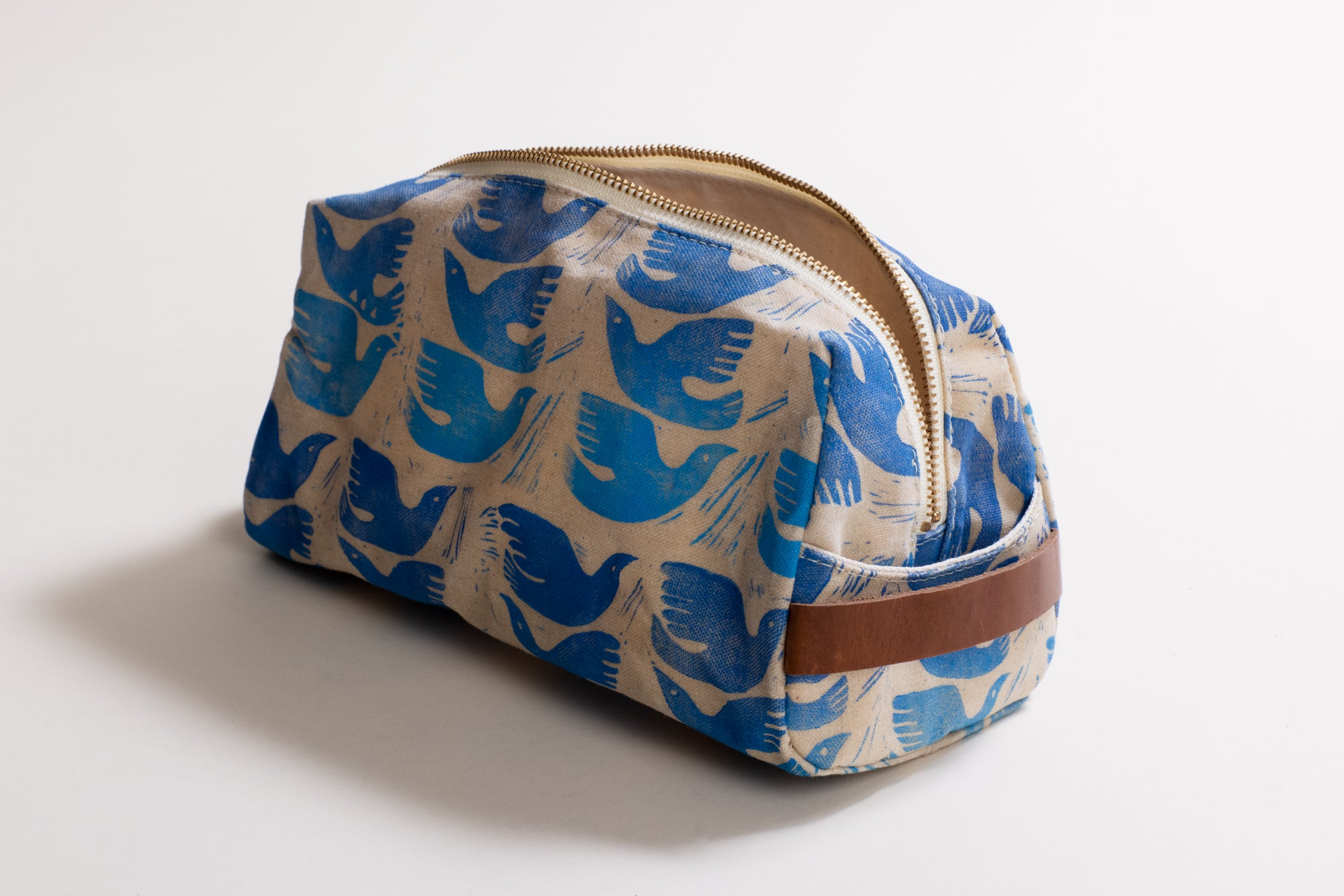 The Dopp Kit Love Birds in Ombre