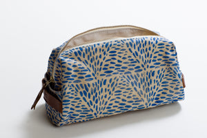 The Dopp Kit Triangle Specs Blue