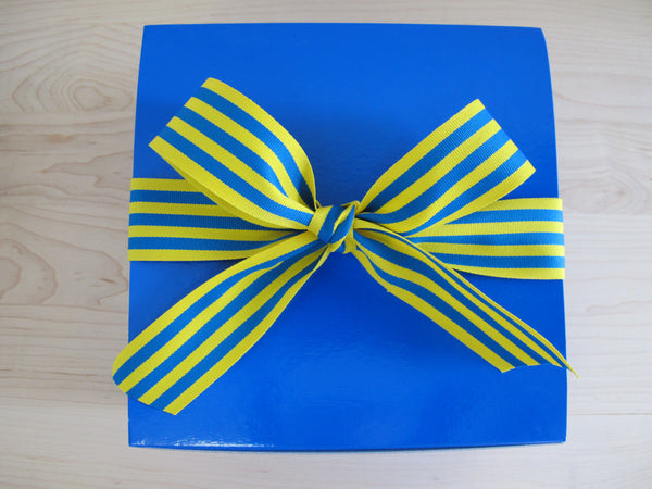 Royal Blue Box for your favorite Scot with 2 dozen cookies