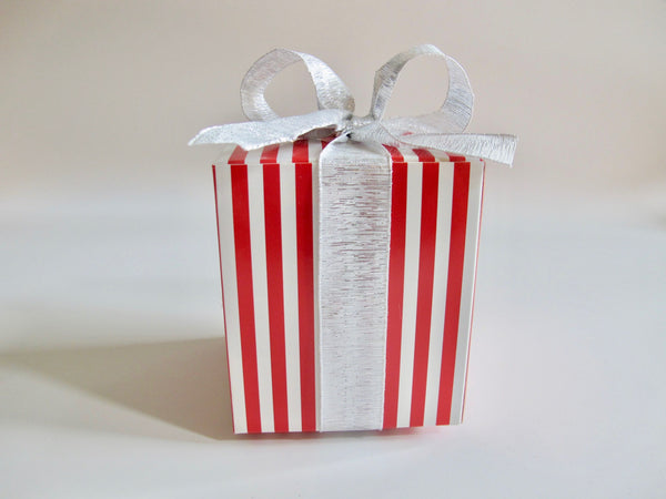 Red & White Striped Box with Silver Ribbon, 4 Cookies