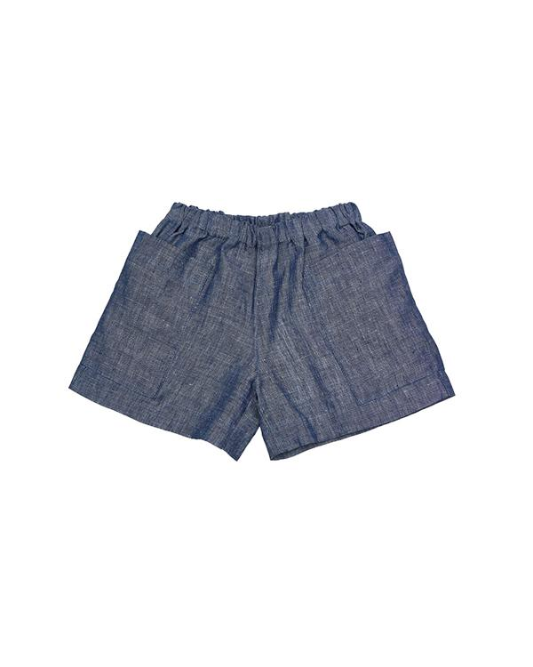 Linen shorts, super classy with pockets on each side.