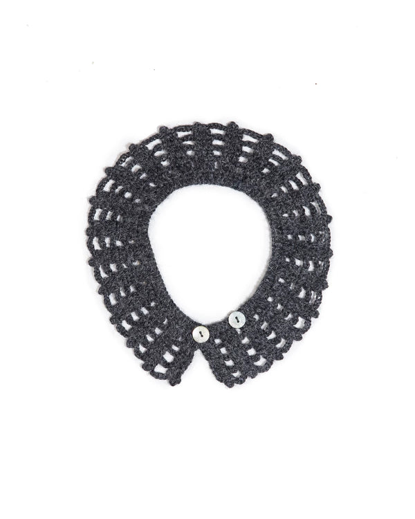 Handmade, Crocheted collar in soft alpaca, charcoal color.