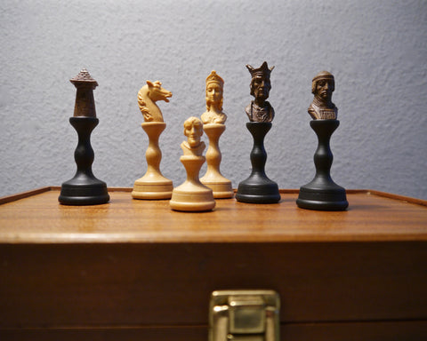 Anri 'Mediolanum'Chess Set