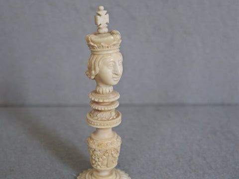 Fine Macao Export Chess Set, circa 1810