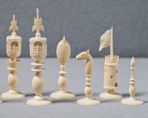 An Indian Ivory Chess Set, Delhi, circa 1840
