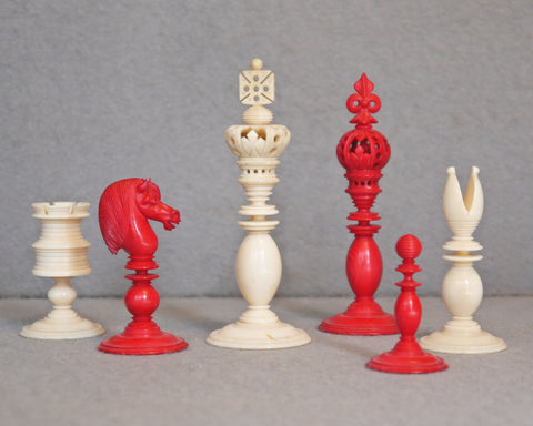 "English ""Fleur de Lys"" Chess Set, 19th century"