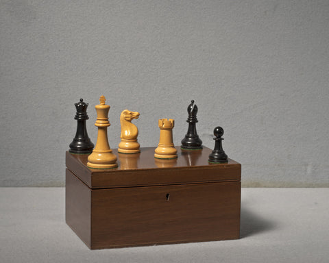 Jaques Staunton Boxwood Chess Set, 1943