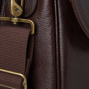 BARBOUR LEATHER BRIEFCASE - CHOCOLATE BROWN - UBA0011BR91 - Strap Detail