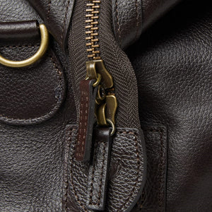 BARBOUR TRAVEL EXPLORER BAG - CHOCOLATE BROWN LEATHER - UBA0008BR91 - Zip Detail