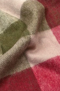 Barbour Large Tattersall Lambswool Scarf - Olive/Burgundy - USC0005OL12 - Check Detail