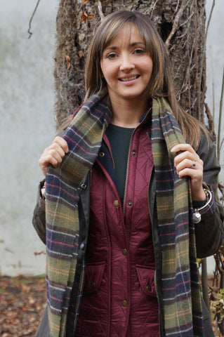 OFFER Barbour Classic Beadnell Ladies wax jacket in Olive with Matching Classic Tartan Scarf