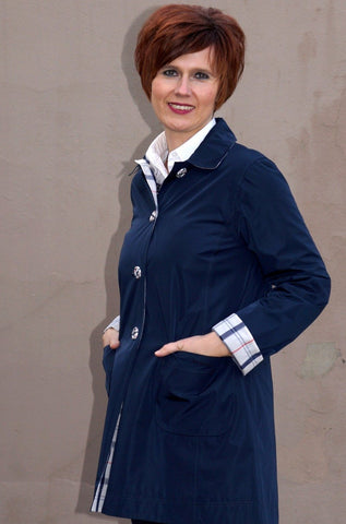 Barbour -Reversible Derby Mac-Ladies- Navy-LWB0194NY71 pockets