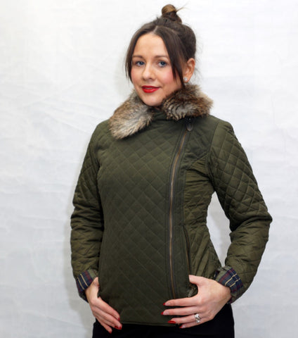 Jack Murphy Lulu Quilted Jacket in Woodland Green zipped up