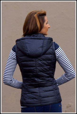 Barbour Hunbleton Ladies Quilted Gilet in NAVY LQU0796NY71
