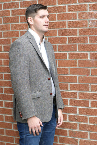 Harris Tweed wool jacket herringbone pattern AR9-63
