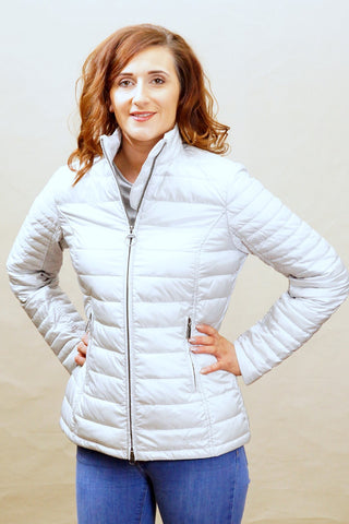 Barbour Iona ladies quilt in Ice White LQU0703GY12