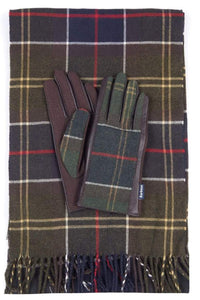 Barbour Christmas Set-Scarf and Gloves-Classic Tartan-LGS0003TN11 boxed