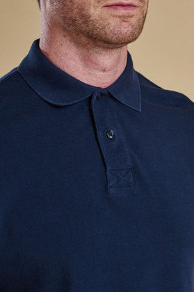 polo shirt 2 buttons