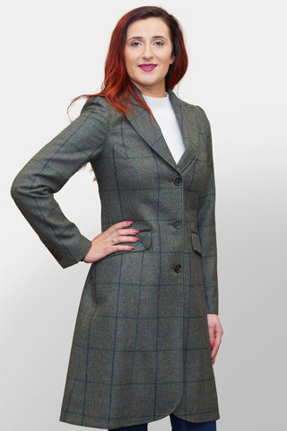 BARBOUR DARWEN TAILORED TWEED JACKET - LIGHT OLIVE - LTA0098GN55 - Modelled Front