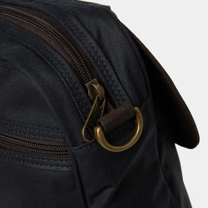 Barbour Briefcase Wax Leather - Navy - UBA0004NY91 - Zip Detail