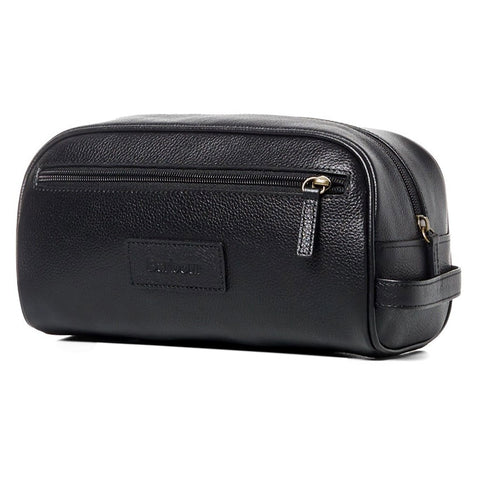 Barbour leather washbag in Black UBA0009BK11
