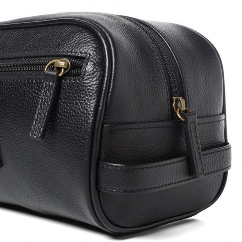 Barbour leather washbag in Black UBA0009BK11 class