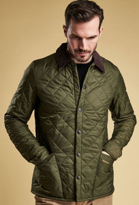Barbour Heritage-Liddesdale-Quilt-Jacket-Olive-MQU0240OL71  closed