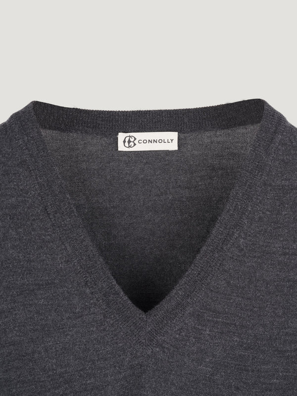 Connolly England | Charcoal Classic V-Neck