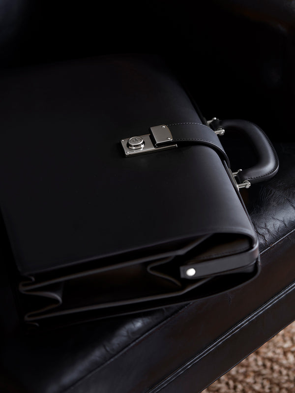 Connolly England | Black Traditional Briefcase 1904