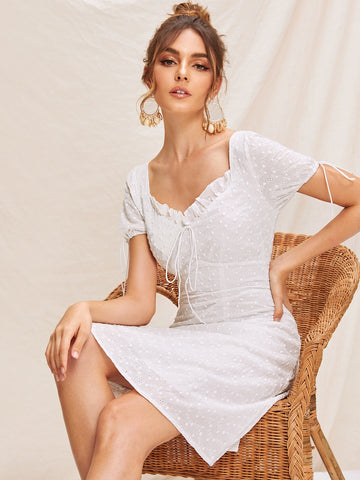 SHEIN Robe avec broderie anglaise