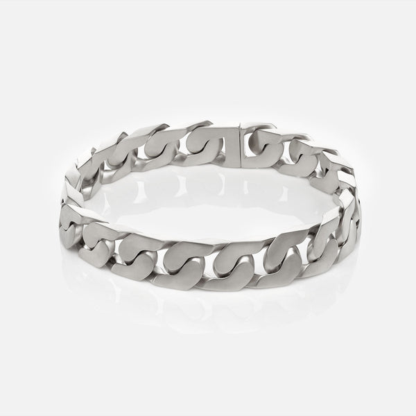 The New Classic Chain Link Necklace Matte Silver