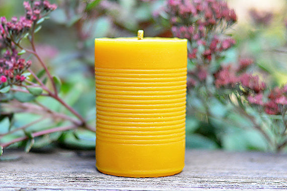 The Original Beeswax CANdle